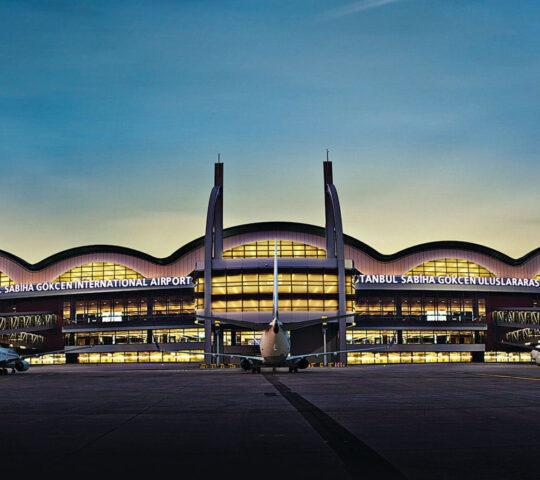 İstanbul Sabiha Gökçen Uluslararası Havalimanı (SAW)