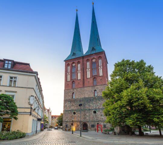 Aziz Nikolai Kilisesi (Nikolaikirche)