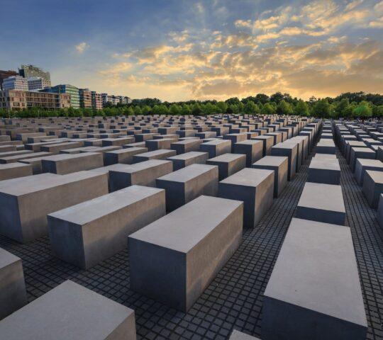 Holokost Anıtı (Katledilen Avrupa Yahudileri)