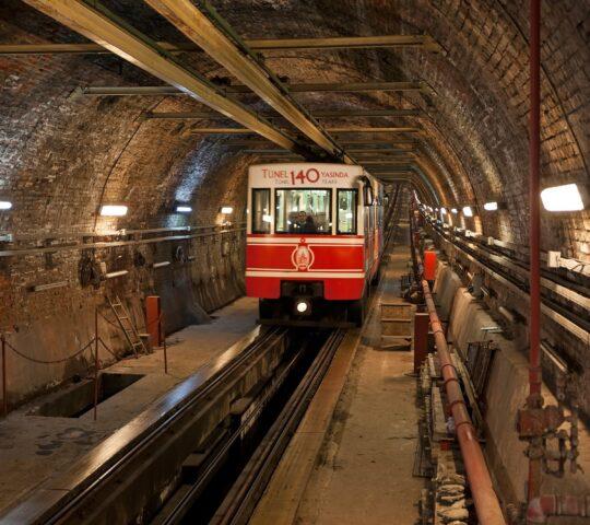 Karaköy – Beyoğlu Tünel Füniküler Hattı (F2)