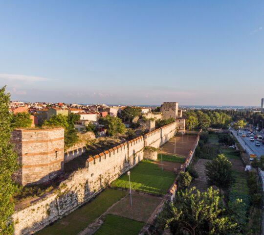 İstanbul Theodosius Surları