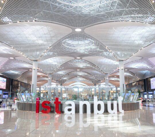 İstanbul Uluslararası Havalimanı (IST)