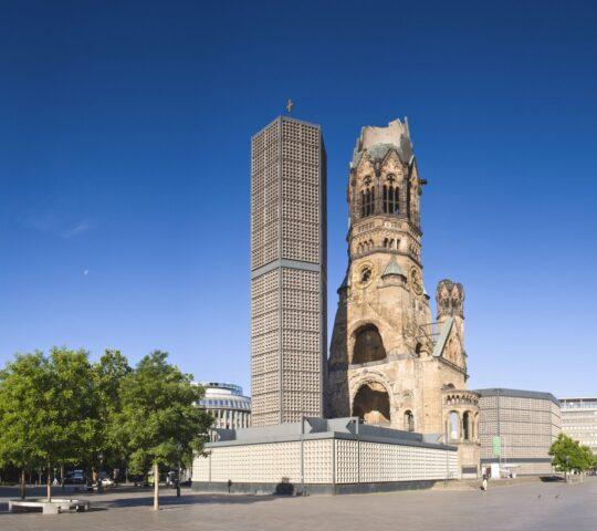 Kaiser Wilhelm Anıt Kilisesi