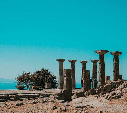Assos Antik Kenti ve Athena Tapınağı (Behramkale)
