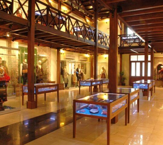Ege Üniversitesi Etnografya Müzesi (Sirkehane)