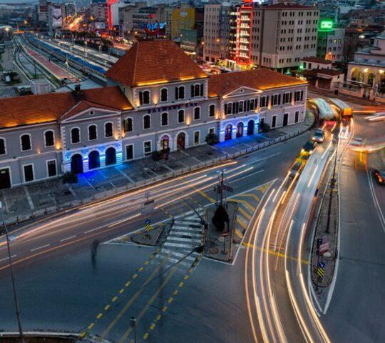 Alsancak Tarihi Tren Garı (TCDD Müze ve Sanat Galerisi)