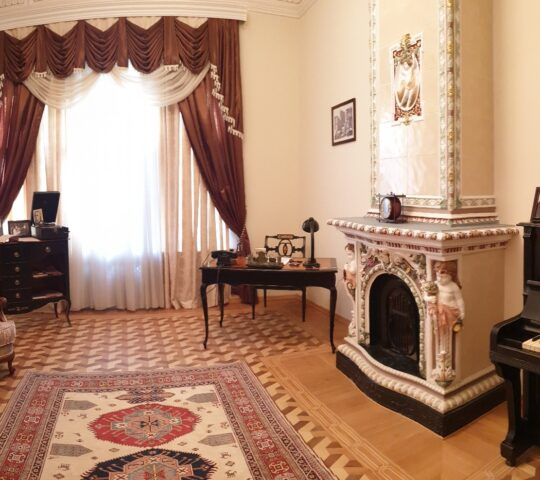 Üzeyir Hacıbeyli'nin Evi Müzesi
